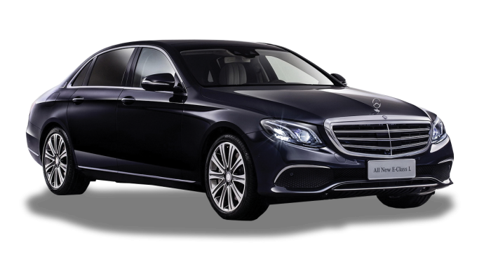 Up to 3 passengers | 4MATIC Technology Elegant and refined, this sedan will meet the expectations of even the most demanding customer. Its finishes, fittings and embedded technology will transform your journeys into moments of pleasure.